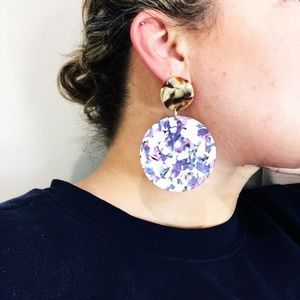 CLOSET REHAB Jewelry - Circle Drop Earrings in Purple with Brown Stud